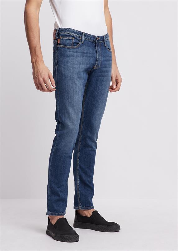 Emporio Armani Slim-fit jeans in 10 oz comfort denim