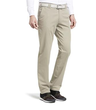 Wellington of Bilmore beige broek Mr. Jones